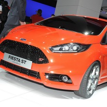 FORD-FIESTA-ST-CONCEPT-6