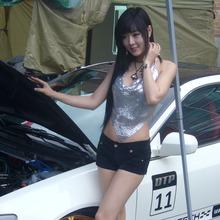 Hwang-Mi-Hee-2011-DTP-Auto-Show-05