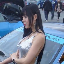 Hwang-Mi-Hee-2011-DTP-Auto-Show-07