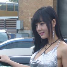Hwang-Mi-Hee-2011-DTP-Auto-Show-10
