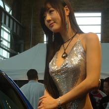 Hwang-Mi-Hee-2011-DTP-Auto-Show-19