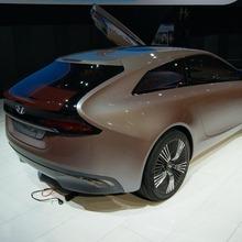Hyundai-i-Oniq-02