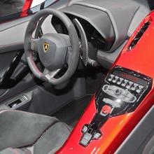 Lamborghini-Aventador-J-Geneva-2012-10