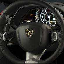 Lamborghini-Aventador-Official-13