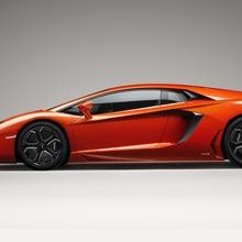 Lamborghini-Aventador-Official-20