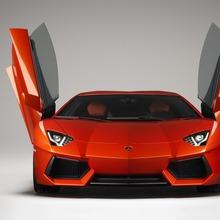 Lamborghini-Aventador-Official-22