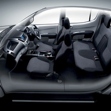 Mitsubishi Triton Double Cab Plus CNG 06