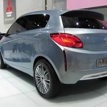 Mitsubishi-Ecocar-Geneva-08