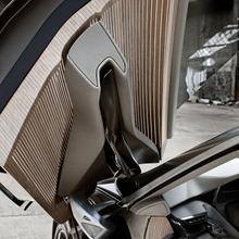 Peugeot-HX1-Concept-17