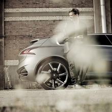 Peugeot-HX1-Concept-42