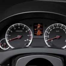 Suzuki-Swift-Ecocar-gauges