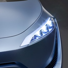 Toyota-FCV-R-11