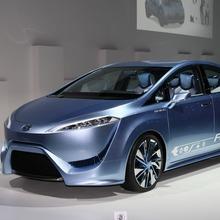 Toyota-FCV-R-8