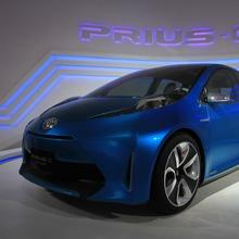 Prius C 01