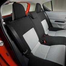 Toyota-Prius-C-18