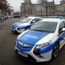 Opel-Ampera-EV-Initiative-120-Berlin